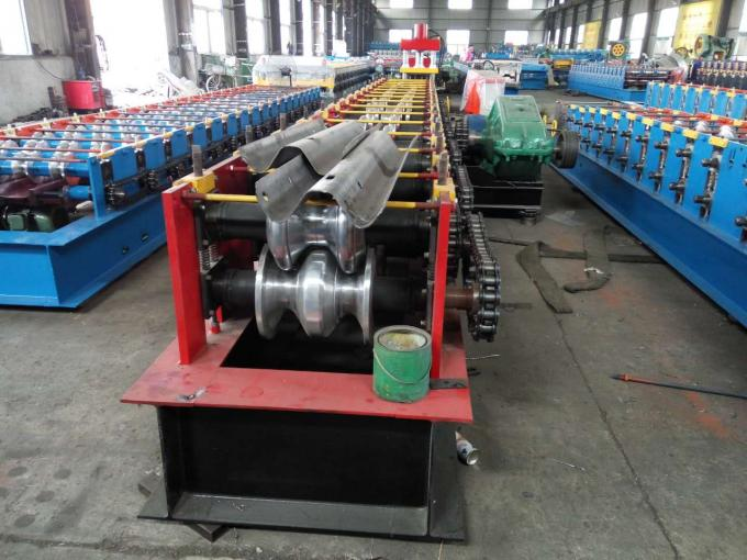 Reliable W Beam Guardrail Roll Forming Machine , Crash Barrier Roll Forming Machine