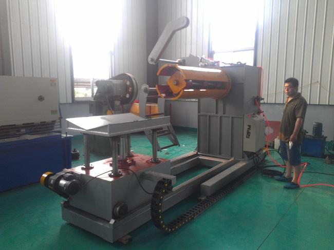 Automatic Hydraulic Steel Coil Uncoiler / Decoiler Easy Operation With Coil Car