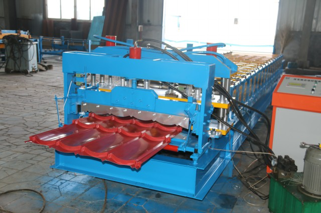 Steel Tile 750 Glazed Steel Profile Roll Forming Machine PLC Control For Construction