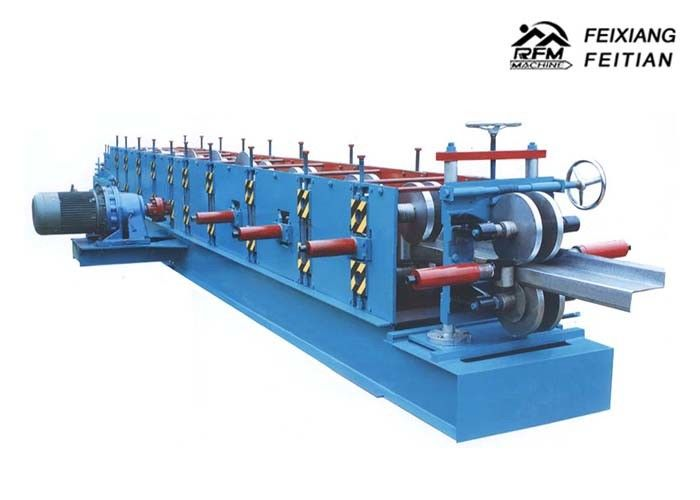 PLC Control C&Z Purlin Forming Machine , Cold Roll Forming Equipment For Construction